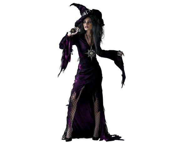 Средневековая ведьма