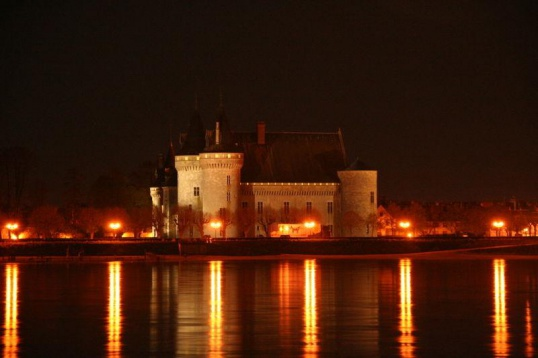 Знаменитые замки долины Луар
