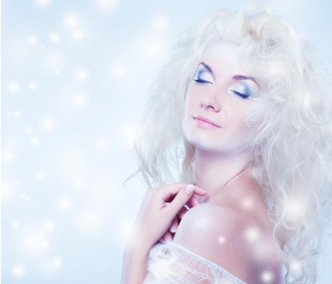 Сохнет кожа на лице зимой: что делать