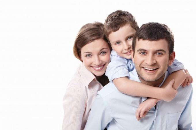 Как нарисовать семью из четырёх человек