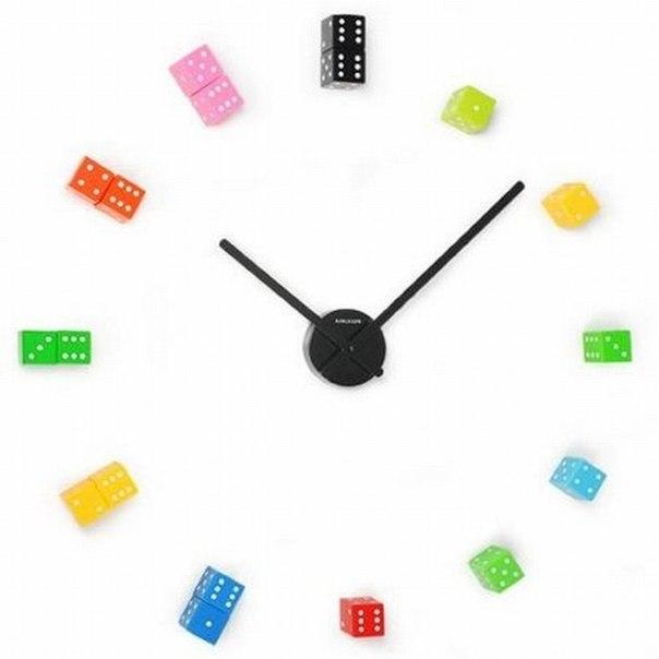 Как сделать часы из кубиков?