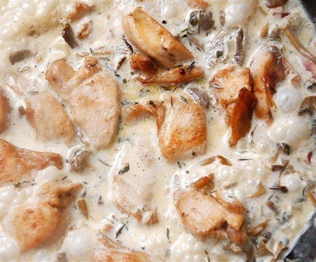 Заяц со сливочно-шалфейным соусом