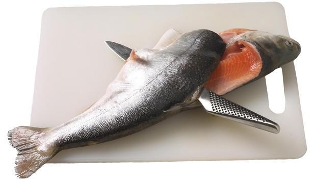 Как самому разделать лосося