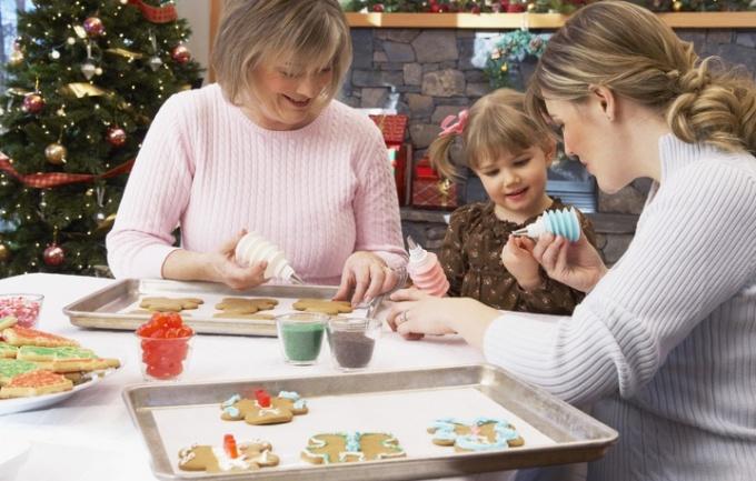 Подготовка к празднику Новый год вместе с детьми