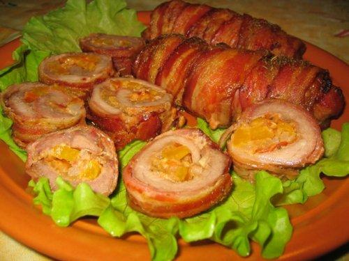 Как приготовить рулет из свинины в домашних условиях