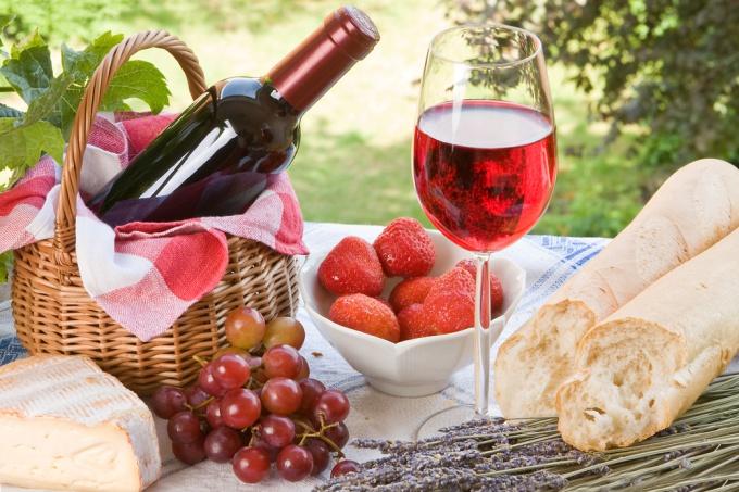 Какие напитки взять с собой на пикник