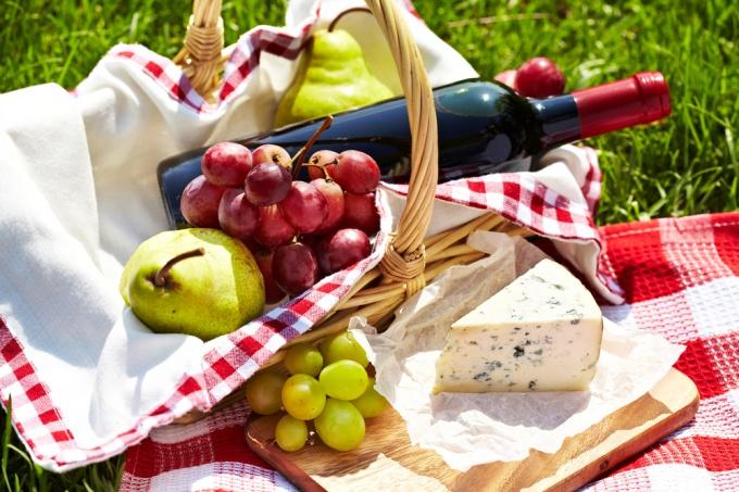 Как собрать корзинку для пикника
