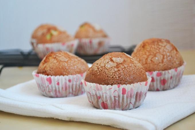 Как приготовить кексы с цукатами ананасов и манго