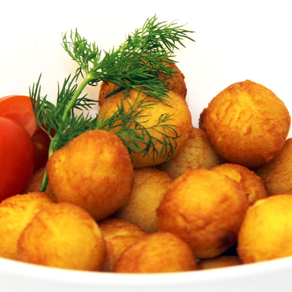Картофельные шарики с грибным соусом
