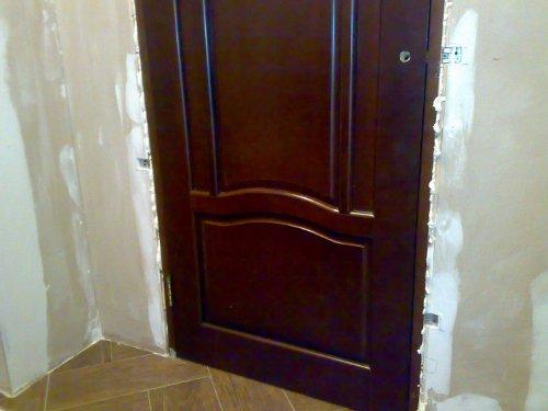 Как проводится установка дверной коробки