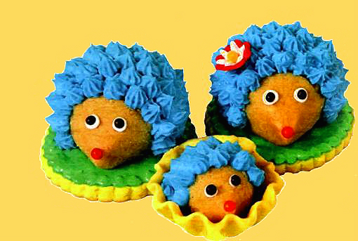 Как сделать пирожные «Ежики на коржике»