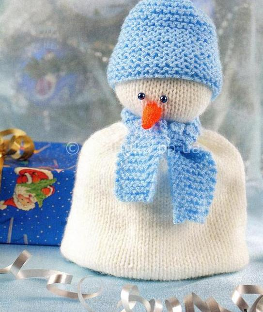 Снеговик на чайник спицами
