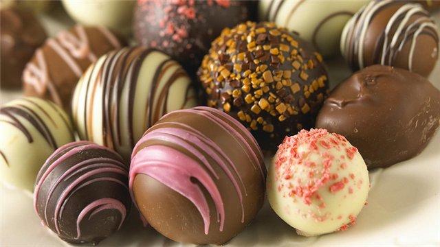Шоколадные шарики на елку