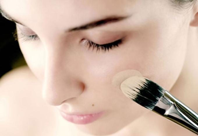 Как подобрать корректор для кожи вокруг глаз