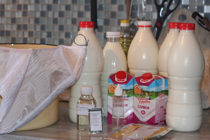 Ингредиенты подготовлены для головки «Стилтона» весом примерно в 900-1100 граммов.