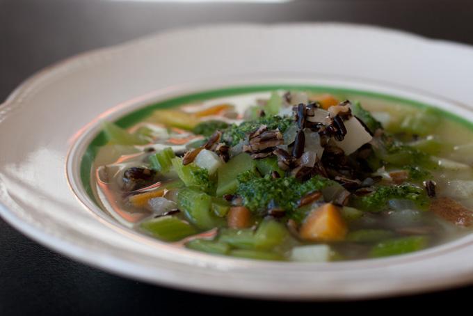 Суп из сельдерея: рецепт