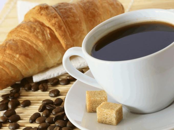 Как заварить кофе в чашке