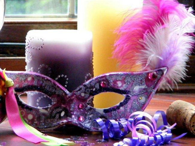 Как сделать красивую новогоднюю маску своими руками