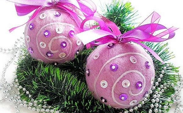 Декорирование елочного шарика очень увлекательный и творческий процесс