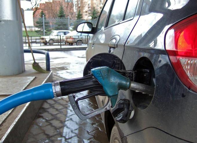 Как распознать некачественное топливо?