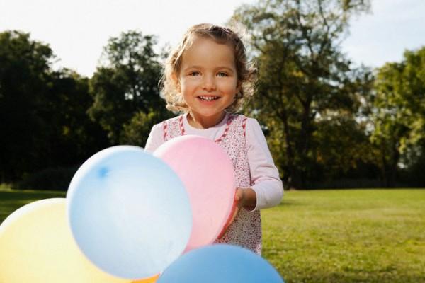 Игры с воздушными шариками для детей 3-5 лет