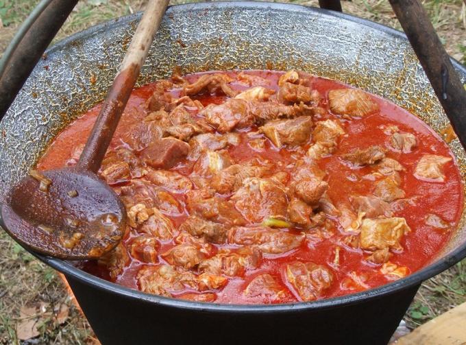 Как приготовить венгерский суп бограч