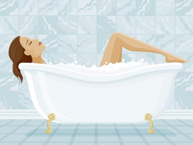 Как справиться с болью в спине, приняв ванну