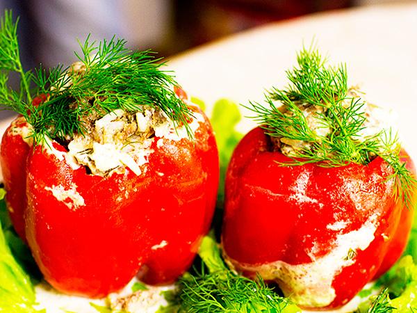 Креветочный салат - отличное блюдо для застолья