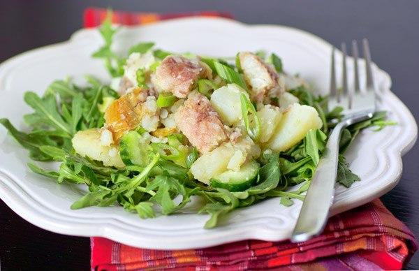 Картофельный салат с копченым угрем