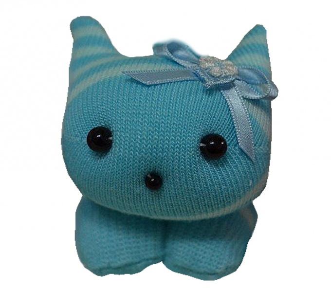 Как сделать котенка из детских носочков