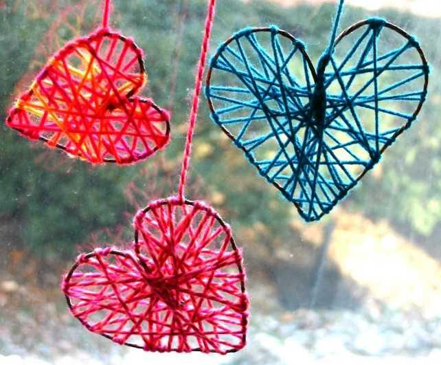 Как сделать сердце из ниток и проволоки