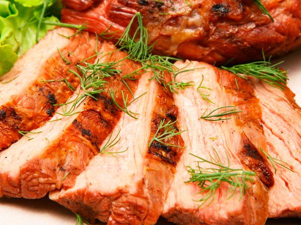 Головокружительный вкус запеченного мяса никого не оставит равнодушным
