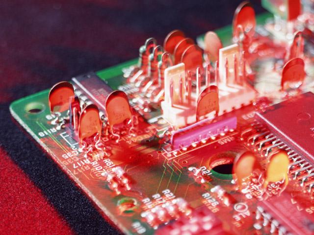Демонтаж микросхем иглой от шприца