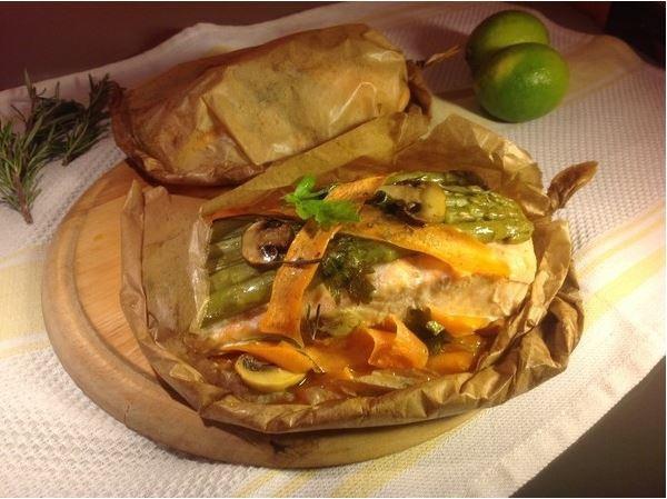 Запеченная семга с овощами