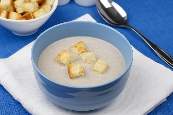 Грибной суп-пюре с сухариками