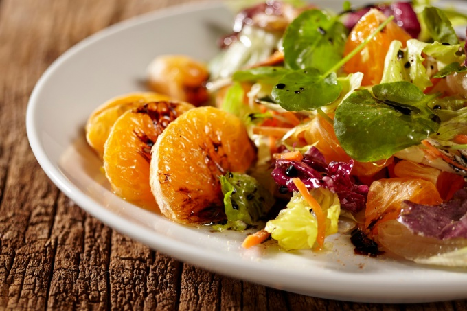Салат-танжерин - это салат с добавлением особого вида цитрусовых
