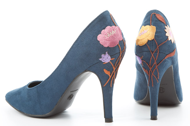 Как обновить старые туфли