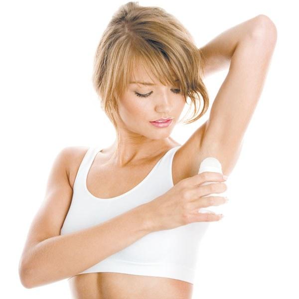 Дезодорант ликвидирует неприятный запах пота