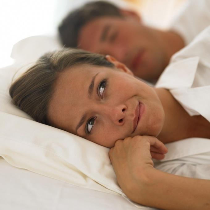 Зуд в интимном месте у женщин  симптомы и способы лечения