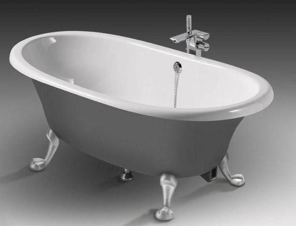 Какая ванна лучше: акриловая или чугунная?