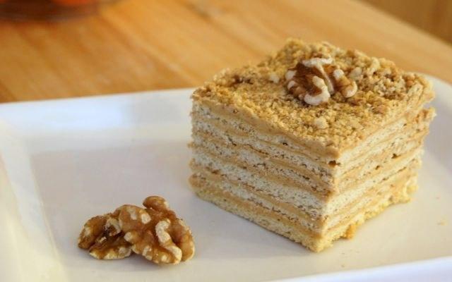 Рецепт торта Наполеон со сгущенным молоком