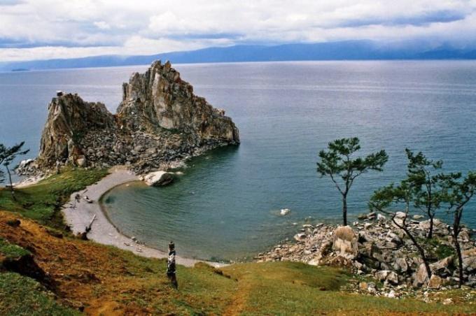 Байкал - самое глубокое пресноводное озеро