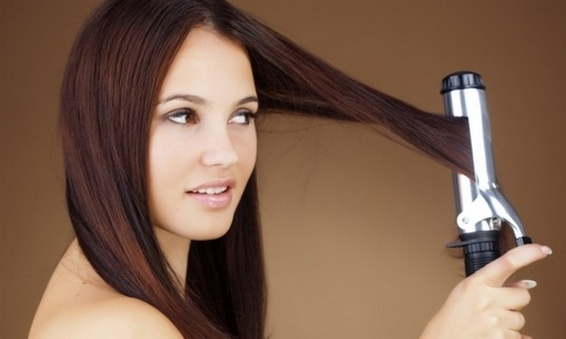How not to spoil your hair with straighteners