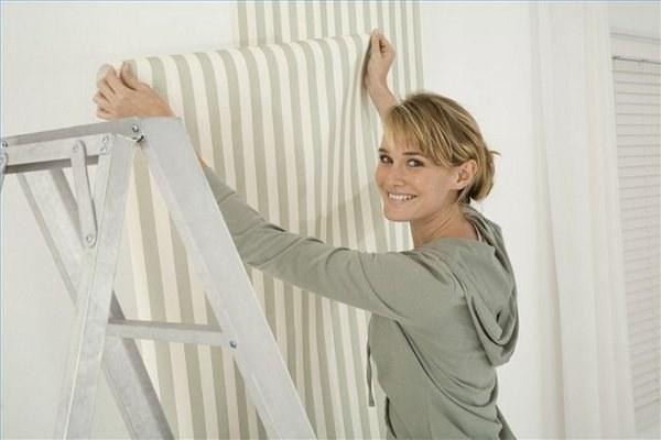 How to glue non-woven Wallpaper