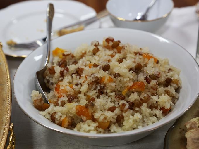 Как приготовить рис с изюмом