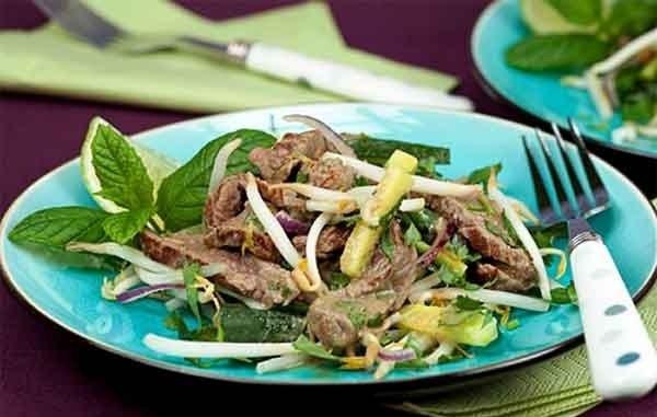 Вкусный и полезный салат с говяжьим сердцем - настоящее украшение стола