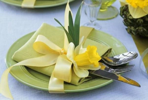 Праздничный стол на 8 Марта должен быть изысканно-красивым