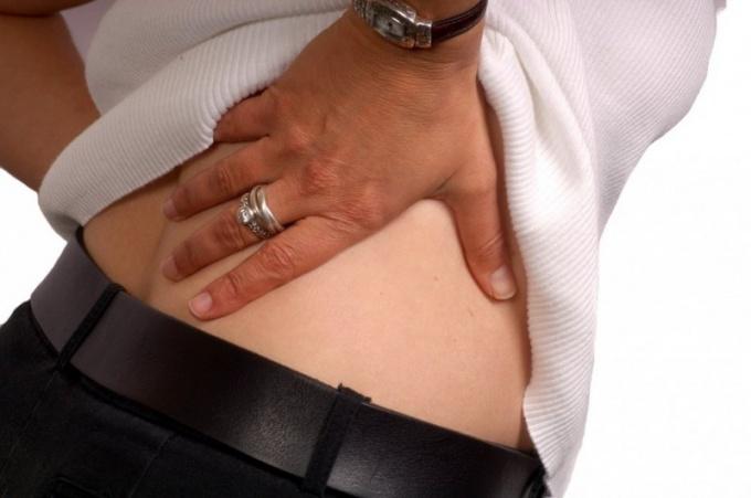 Что делать при сильных болях в спине