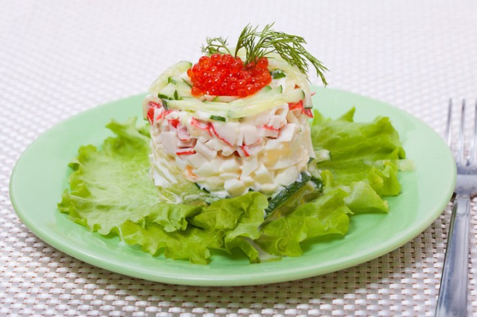 What is the composition of crab salad