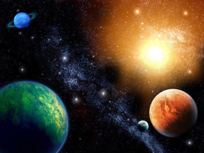 Науке известно почти 2000 планет